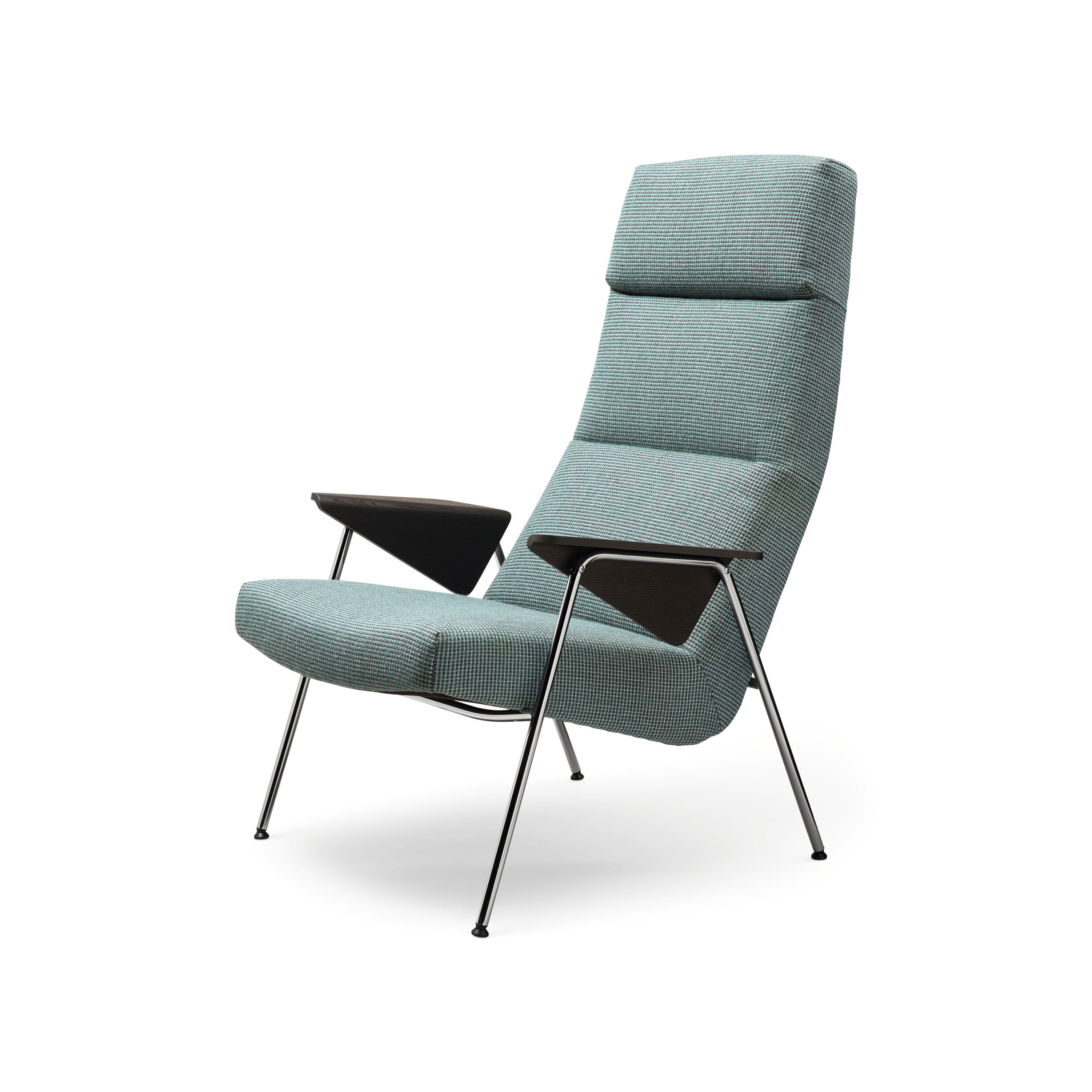 01-WK-Classic_Edition-Votteler_Chair-0014-H.tif