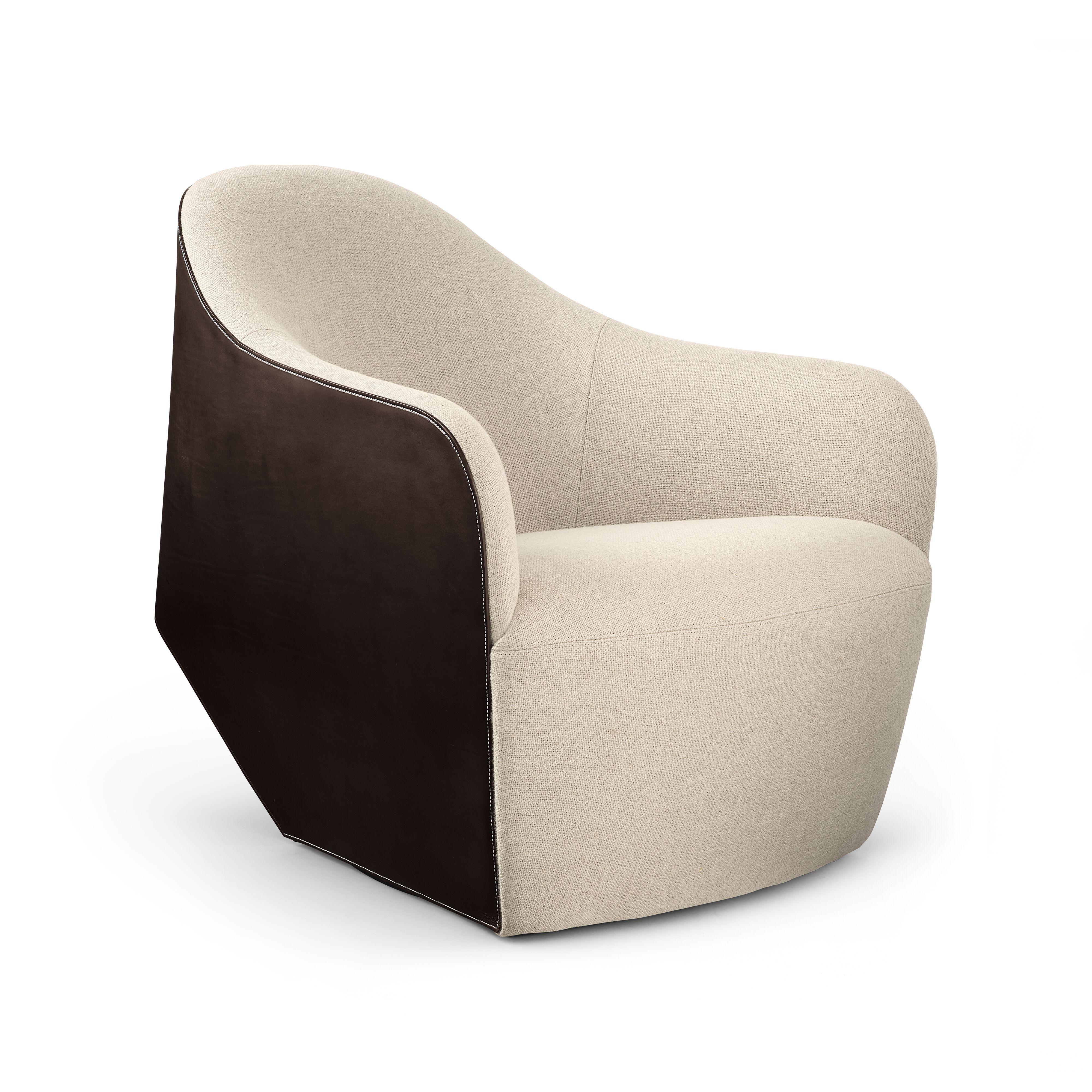 01-WK-Isanka-Chair-0001-H.tif
