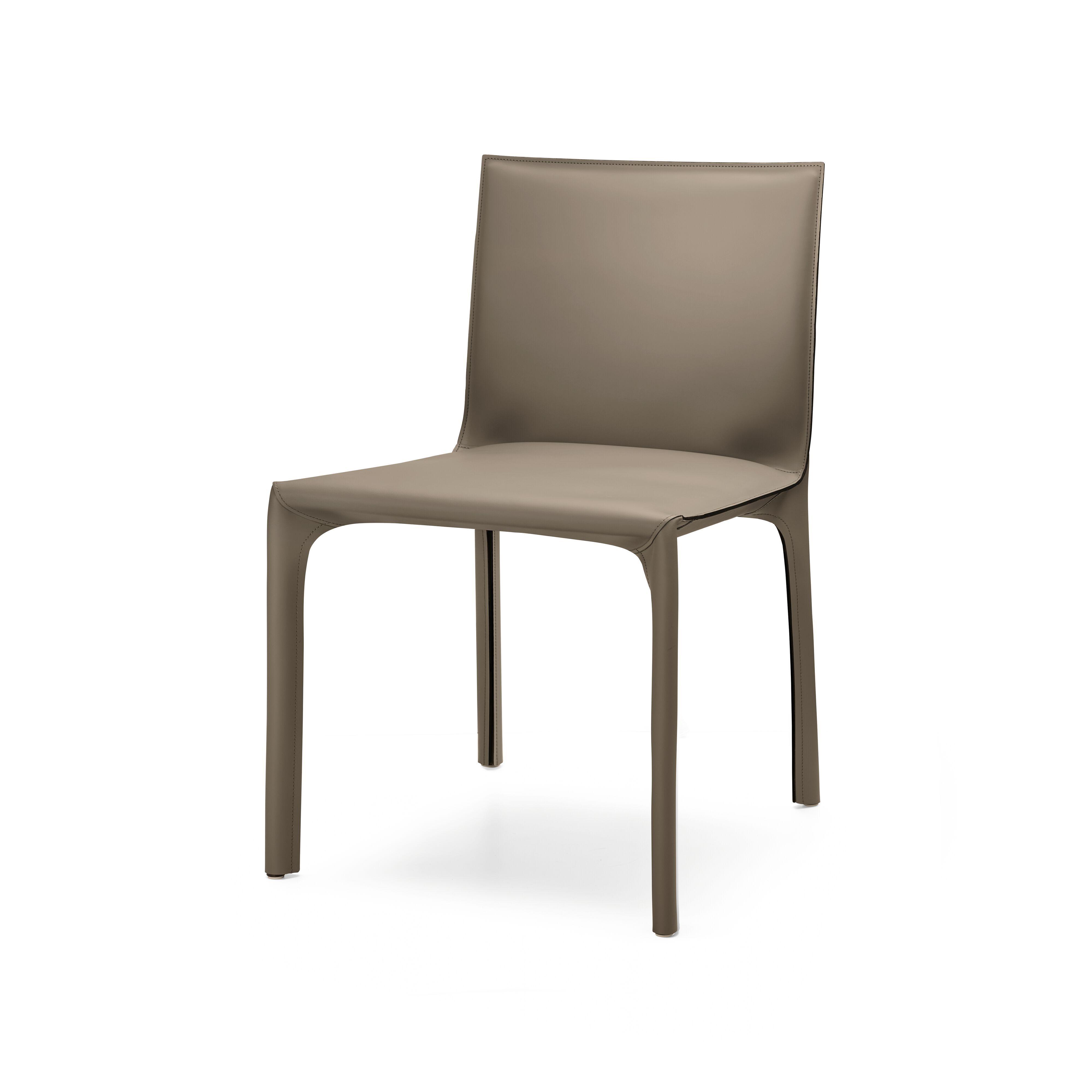 01-WK-Saddle-Chair-0007.tif