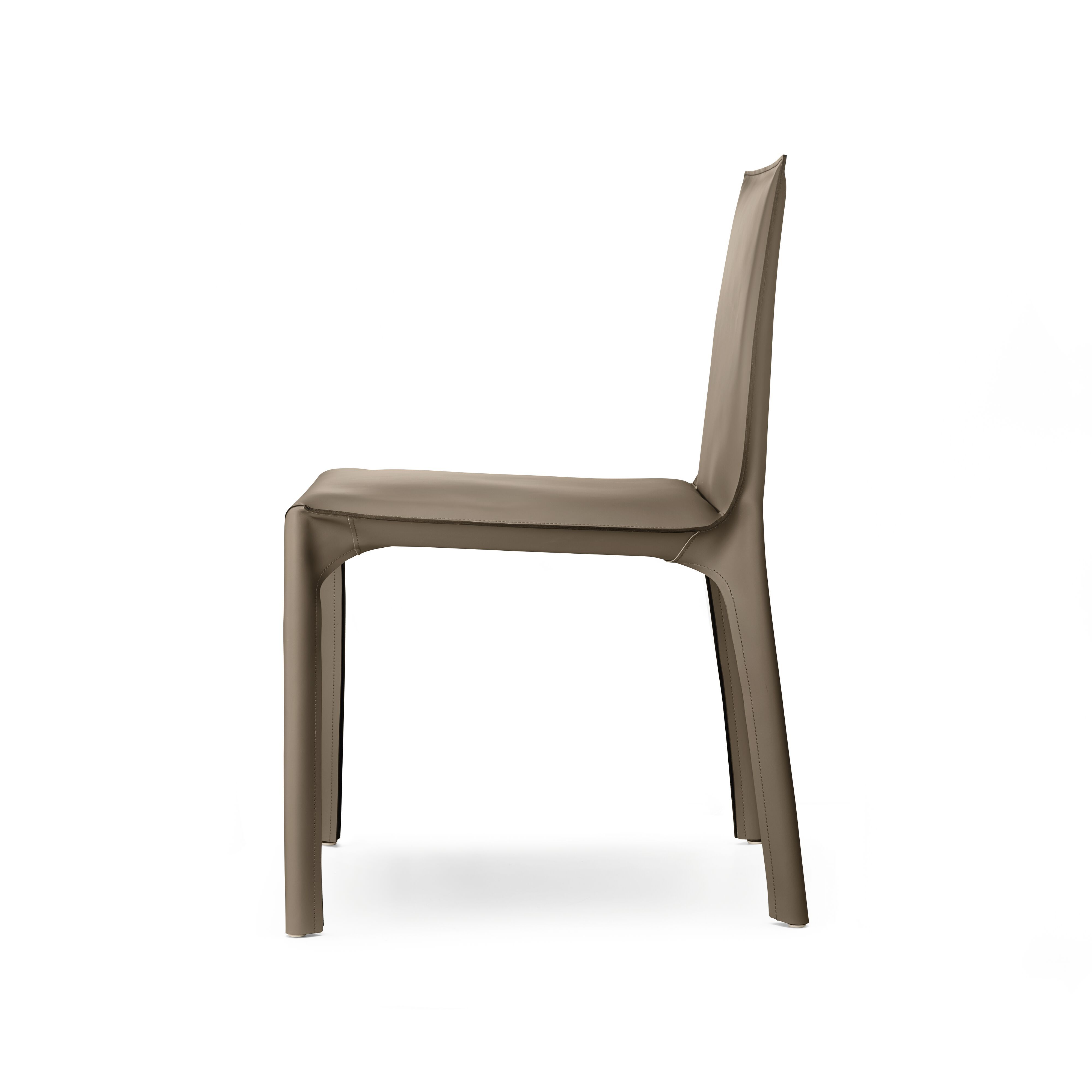 02-WK-Saddle-Chair-0008.tif