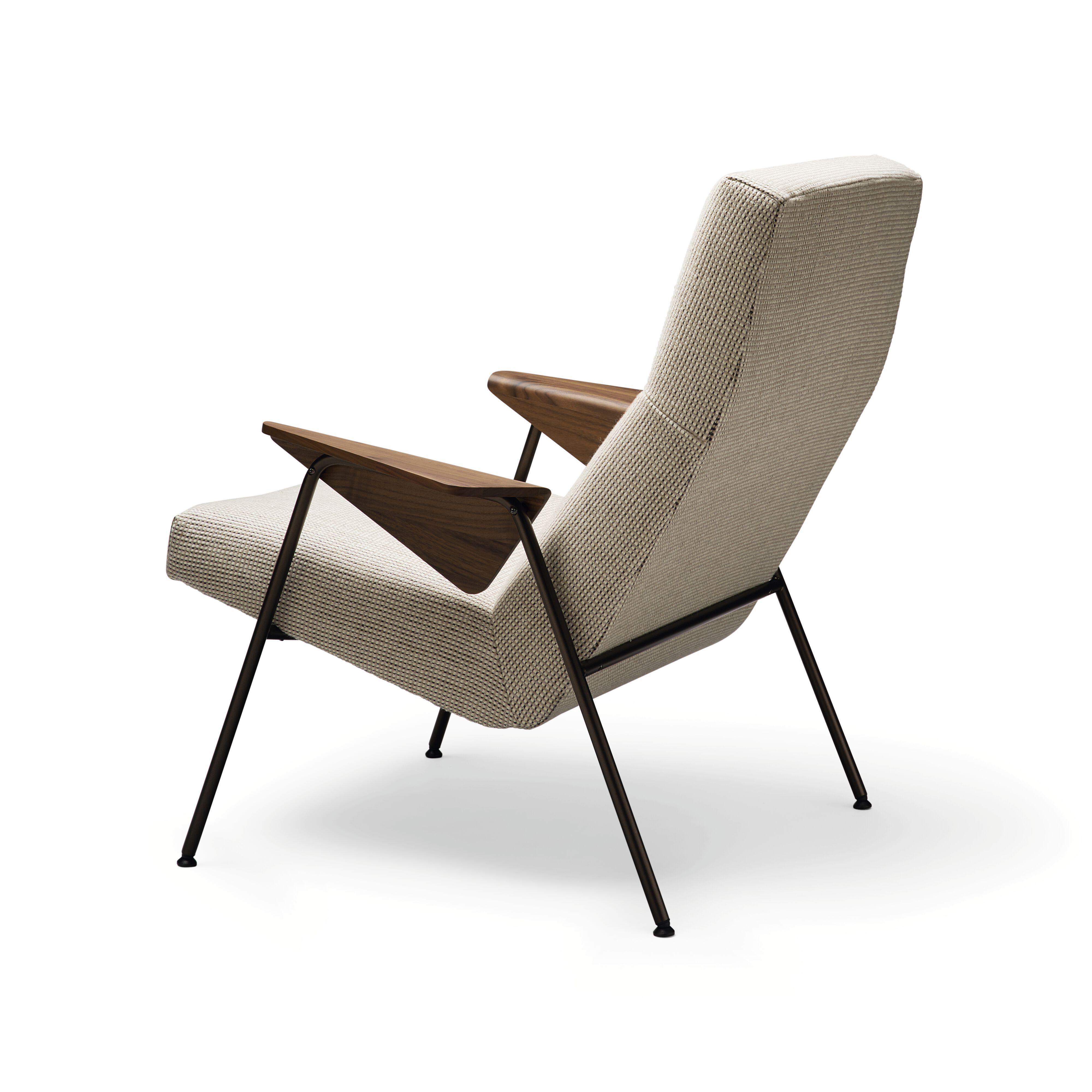 07-WK-Classic_Edition-Votteler_Chair-0012-H.tif